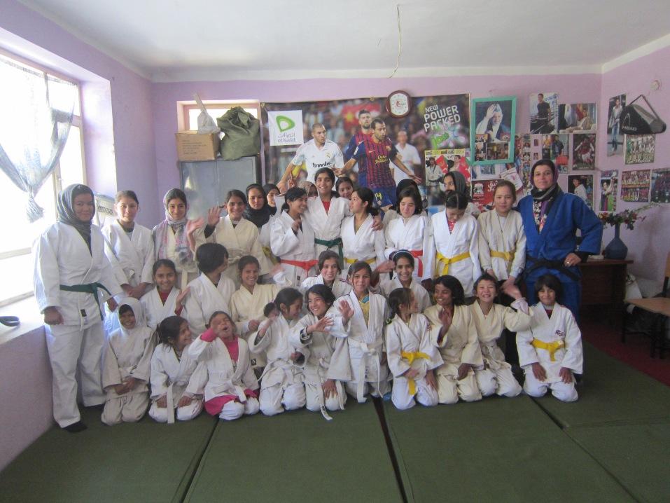Jentejudo i Afghanistan - gruppebilde