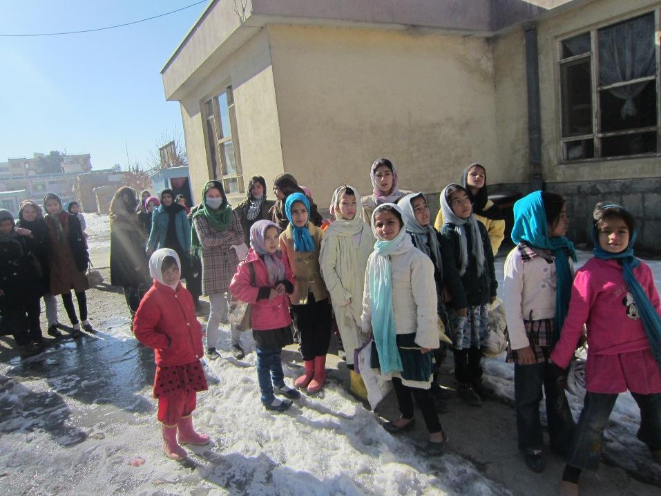 Jentejudo i Afghanistan - utenfor